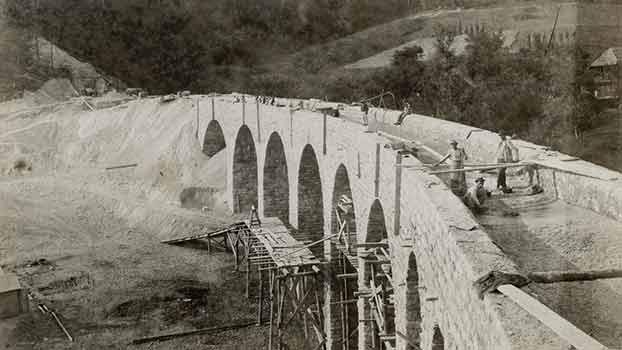 Štrekna - Gradnja viadukta Gornji Dolič, 1899.