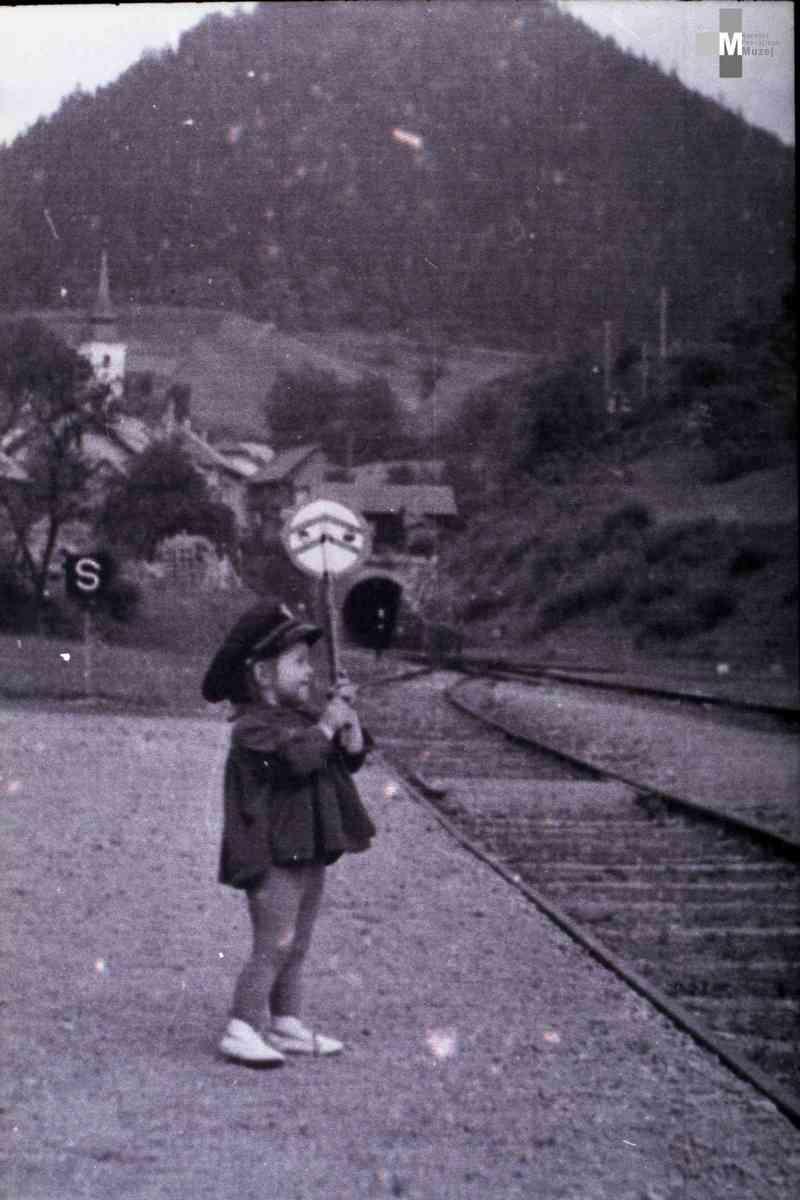 Štrekna - Vlak je lahko odpeljal s postaje šele takrat, ko je za to dobil dovoljenje.